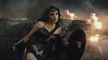 la-et-hc-batman-v-superman-dawn-of-justice-trailer-20150711