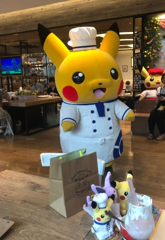 Pokemon Cafe - Chef Pikachu